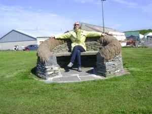 stone-seat-at-thurso